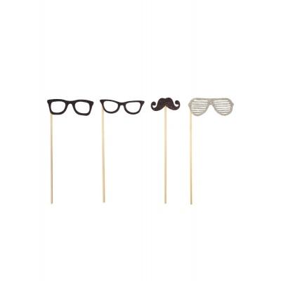 Revizity fotokoutek brýle a knírek