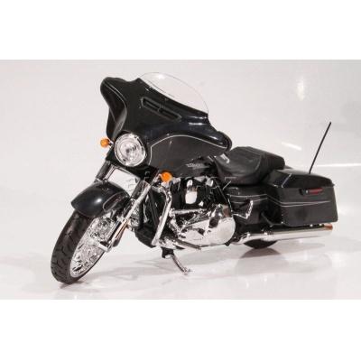 Harley Davidson 2015 Street Glide Special 1:12