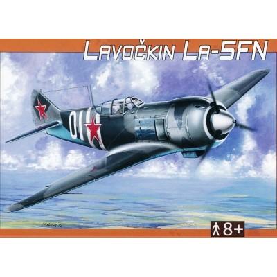 Směr plastikový model letadla ke slepení Lavočkin La-5FN 1:72