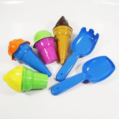 Hračky na písek - zmrzliny, lopatka a hrabičky