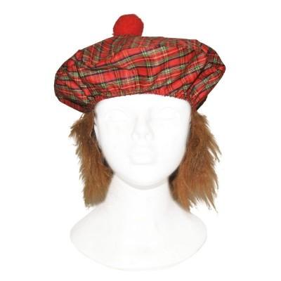 Skotský baret s vlasy
