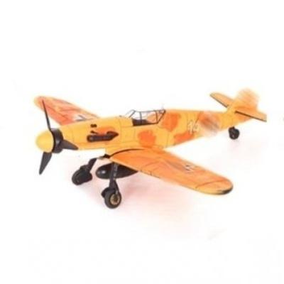 Model letadla BF-109 oranžový
