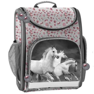 Luxusní školní batoh aktovka Koně s květinami i pro prvňáčky