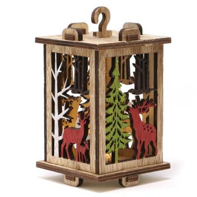 Vánoční dekorace dřevěná lucerna s LED světlem 15 cm