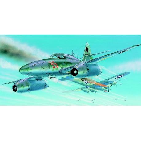 Messerschmitt Me 262 B-1a-U1 1:72 Směr plastikový model letadla ke slepení