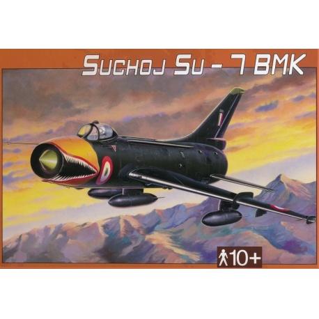 Suchoj SU-7 BMK 1:48 Směr plastikový model letadla ke slepení